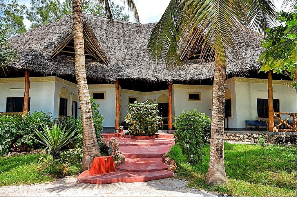 Pongwe Beach Hotel Sundowner Wildlife