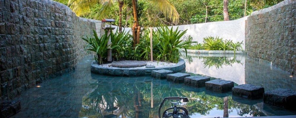 Soneva-Fushi-Family-Villa-Suite-with-Pool outdoor bathroom