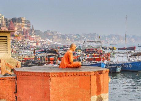 Varanasi - monnik - Miraage.clicks